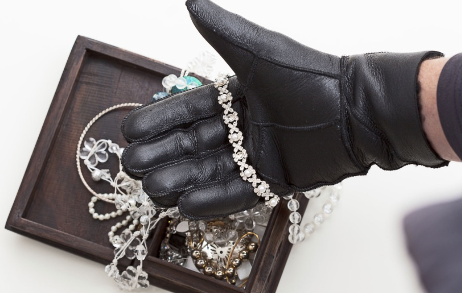 Stealing Jewelry