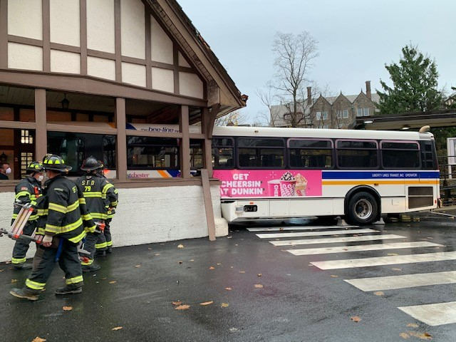 Bus at Scarsdale 2